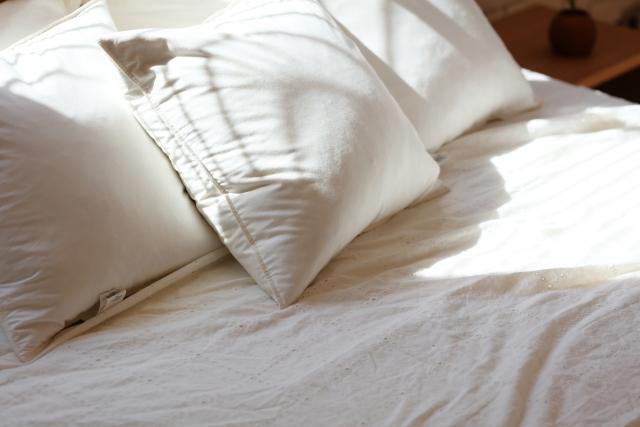 ベッド下収納を風水の視点で見るある法則とは?寝室の風水で気を付けること!